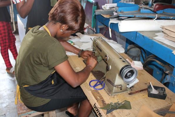 nigeria shoemaking school online_145