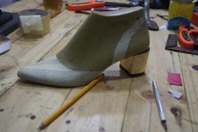 octoxii-school-ofshoemaking-nigeria-online-slimback-cut-shoe-coure-8